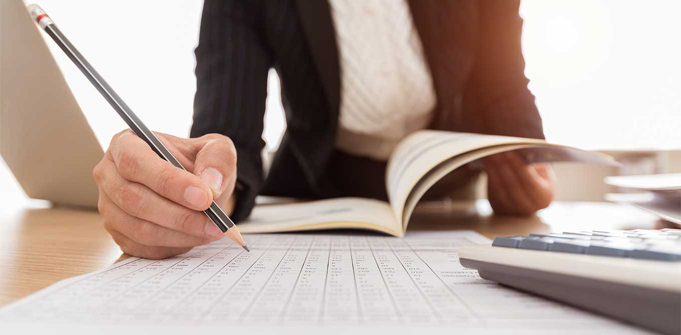 5 things for your year-end financial checklist